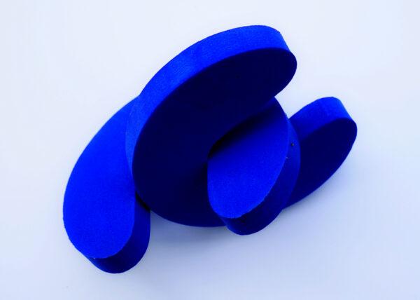 blau-schwarz IV